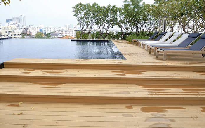 composite-decking-slippery-695x435 木塑相关资讯